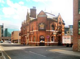 Local Salford pub introduces Folk Friday