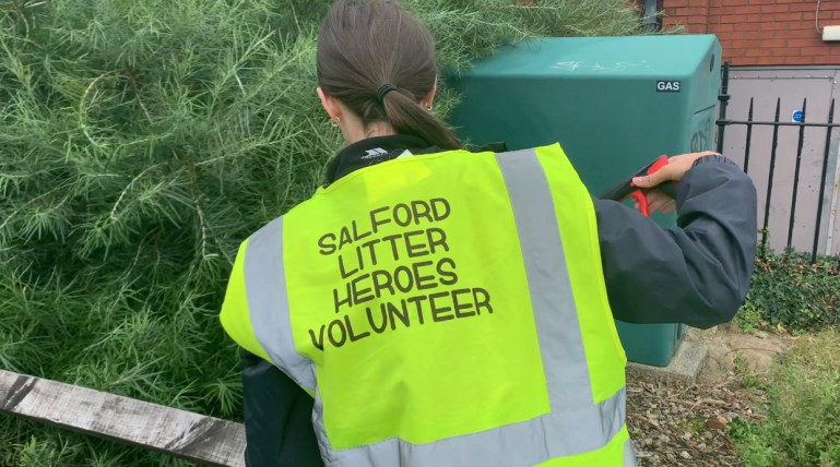 salford litter pickers