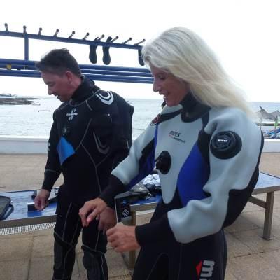 PADI Dry Suit Speciality Diver Course   S'Algar DIving Menorca