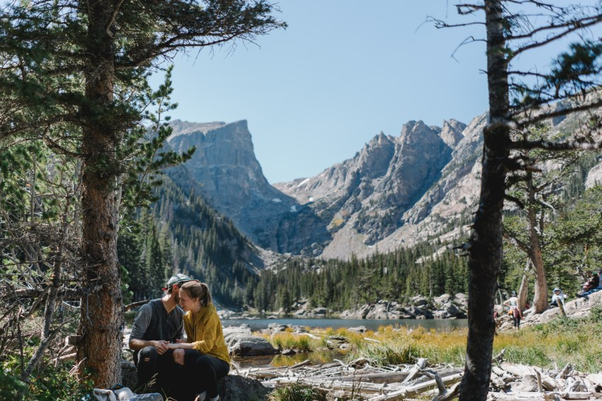 rocky-mountain-engagement-photos-25