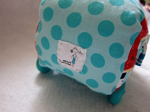 Sallys Angelworks RV pin cushion3