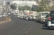 أزمة الوقود تعود الى عدن بعد أسابيع من الإستقرار