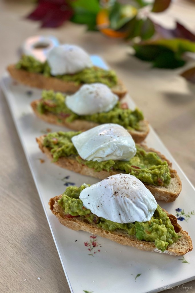 Poached egg on avocado toast is a quick and healthy dish as well as being delicious and beautifully appetizing. Enjoy!