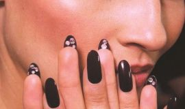 UndersideManicureFashionWeek