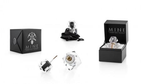mine001.03com-mine-luxury-nail-lacquer