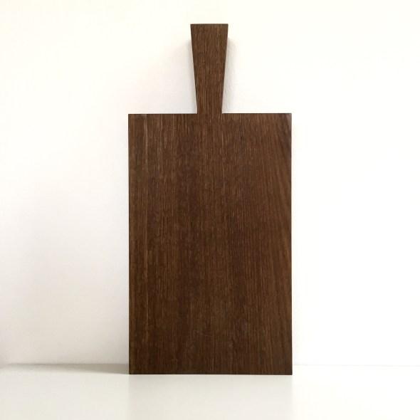 Dickes Holz-Schneidebrett mit Griff Raumgestalt Eiche dunkel
