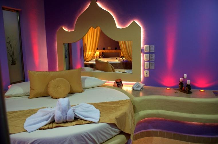 Resultado de imagen de moteles cancun