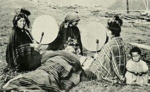 Mapuche medicine women