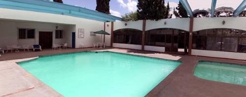 Hotel La Fuente Pool