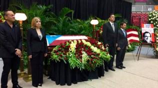 La alcaldesa del distrito hizo posible que todo Puerto Rico se despidiera de este gran músico. (Foto: Twitter/senadopr)