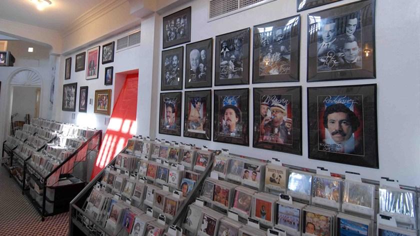 Viera Discos tiene una colección de 180,000 aproximadamente. (Foto: elnuevodia.com)