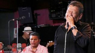 Rubén Carbajal cantó a capella en versión bolero el tango Las cuarenta, del argentino Francisco Gorrín. (Foto: Salserísimo Perú)
