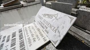 De camino a la tumba de Rafael cortijo se encuentra la de Tommy Olivencia. (Foto: Antonio Alvarez F./Salserísimo Perú)