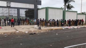 Hay gente que acampó desde anoche para adquirir sus entradas. (Foto: Salserísimo Perú)