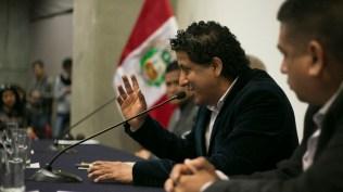 Omar Córdova, productor de Descarga en el Barrio, durante su ponencia. (Foto: Antonio Alvarez F./Salserísimo Perú)