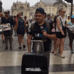 Cantante invidente Paolo González solicita ayuda a sus fans
