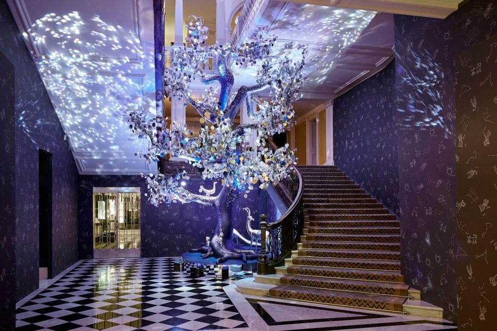 Claridges Hotel – Glass Sphere Commission Installation 'Tree of Love' design Diane von Furstenberg / Stephan Bechman