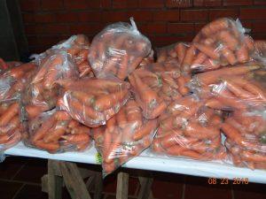 40269342_679691082405893_1733260200061698048_n-300x225 Mais uma entrega de alimentos pelo Programa de Aquisição de Alimentos-PAA