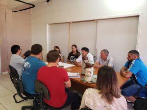 WhatsApp-Image-2019-04-26-at-14.59.28-300x225 Prefeito se reuniu com secretários e vereadores e equipe de engenharia para apresentação do projeto de revitalização da Avenida Pio XII.