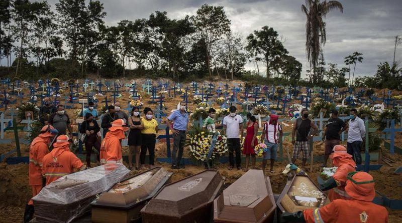 LA PANDEMIA SIGUE MATANDO EN BRASIL Y PRODUCE UN RÉCORD DE CONTAGIOS EN ESTADOS UNIDOS