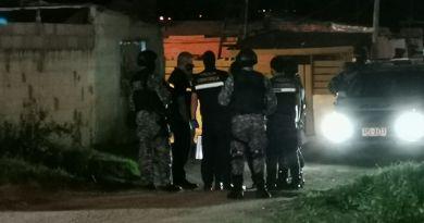INVESTIGACIÓN DEL POLICÍA ASESINADO: ENCONTRARON UNA PISTOLA GLOCK ENTERRADA EN UNA CASA