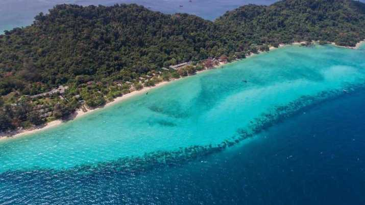 """""""If the beach-bucket culture of Thailand's most popular islands induces a sense of panic, head instead to Koh Kradan, south of buzzing Koh Lanta,"""" Dowley said. """"This tiny island is part National Park, part resort island, creating the perfect blend of natural beauty and handy amenities."""""""