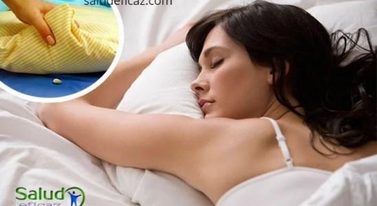 ajo debajo de la almohada