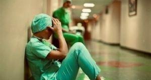 Las guardias de 24 horas tienen un impacto letal sobre el médico