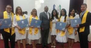 Nuevos cardiólogos graduados del Ceidoca