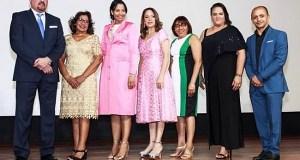Sociedad Obstetricia y Ginecología reconoce a ginecólogas destacadas
