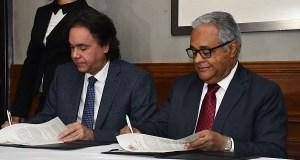 Salud Pública y Sodocardio firman convenio para reducir mortalidad en pacientes con infartos