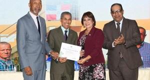 El MAP galardona con la medalla al Mérito director de Promese