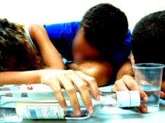 Las edades de intoxicados con alcohol adulterado va de 19 a 70 años