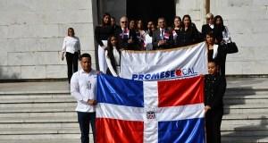 PROMESE/CAL celebra Mes de la Patria con ofrenda floral