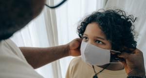 La edad es un factor importante con las distintas respuestas de anticuerpos frente al SARS-CoV-2, sugiere un estudio reciente