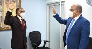 Reyes Pérez, nuevo director de Residencias Médicas