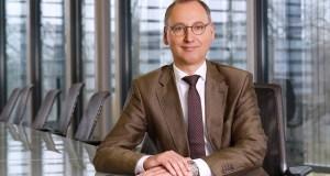 Bayer extiende mandato del CEO Baumann por 3 años a medida que avanzan las negociaciones caso herbicida Roundup