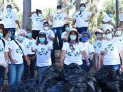 """Colaboradores Centro Gastroenterología participan en jornada """"Mejor Sin Plástico"""""""