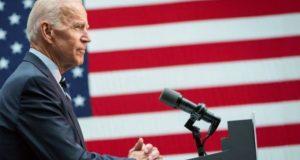 Biden revela un plan para resucitar la fabricación de medicamentos en Estados Unidos