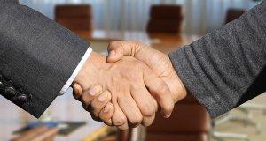 AstraZeneca cierra una mega compra de Alexion por 39 mil millones de dólares