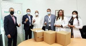 Hospiten dona medicamentos para lupus y artritis al Hospital Padre Billini