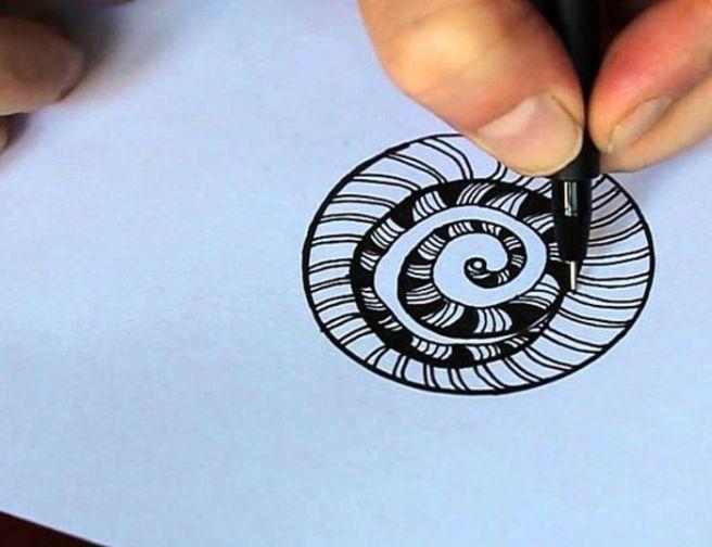 Aprende los pasos para pintar zentangle