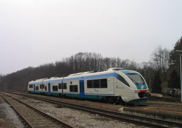 Ridemensionato l'orario domenicale di arrivi e partenze alla stazione ferroviaria di Salussola
