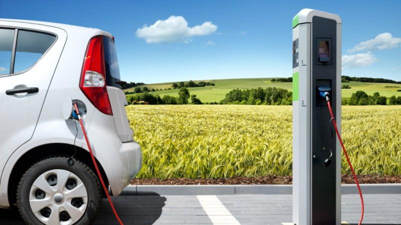 Sono in arrivo due colonnine per la ricarica elettrica delle auto ?