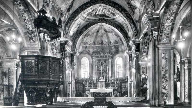 Vecchia Salussola: Due vecchie foto dell'interno della chiesa di santa Maria Assunta