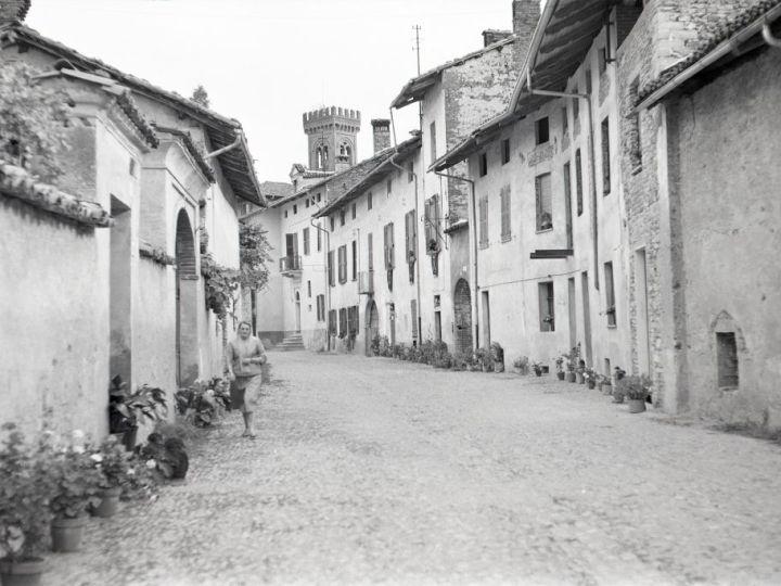 Vecchia Salussola: E' il 1957 ed è Via Duca d'Aosta