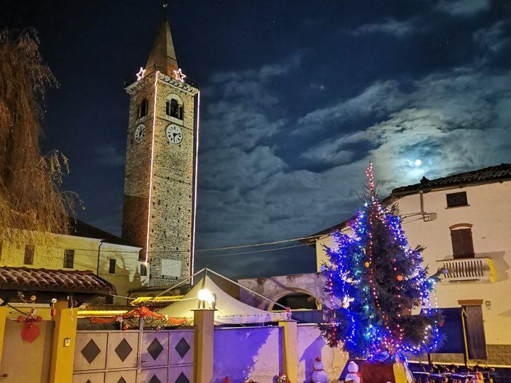 🎄L'albero, gli gnomi e le renne di Piazza Alpini d'Italia. FOTO