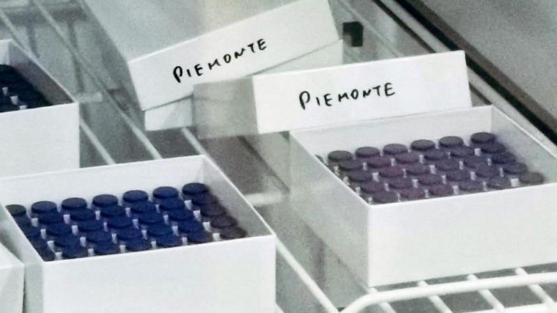 Anche i farmacisti somministreranno i vaccini come Pfizer e Moderna