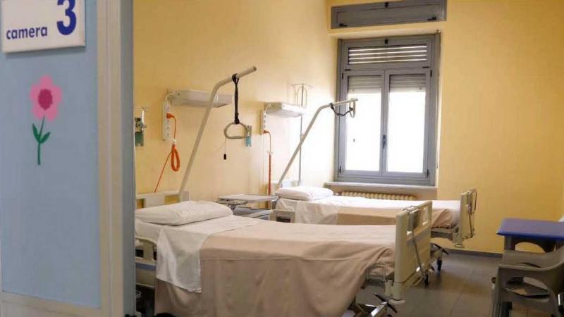 Prossimamente bisognerà essere vaccinati e autorizzati per andare a trovare un parente all'ospedale