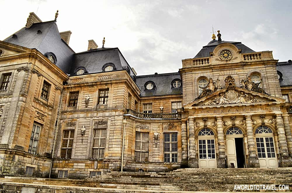 Fun day trips from Paris - take a day trip from Paris and visit the french castles. The castles are one of the best day trips from Paris